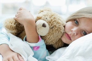 Aprenda a identificar a dor de ouvido em crianças muito pequenas