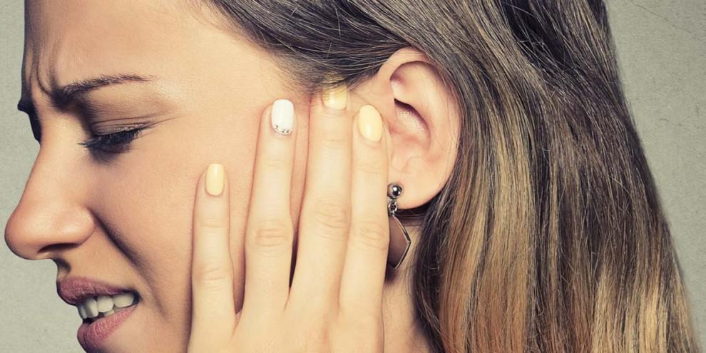 O que pode ser zumbido no ouvido: cafeína, infecção, perda da audição e mais 10 causas
