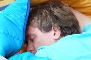 Ronco enquanto dorme é um sinal de alerta