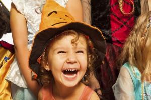 Quanto tempo os ouvidos das crianças podem curtir o carnaval?