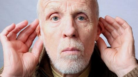Quanto mais você envelhece, mais orelhudo fica